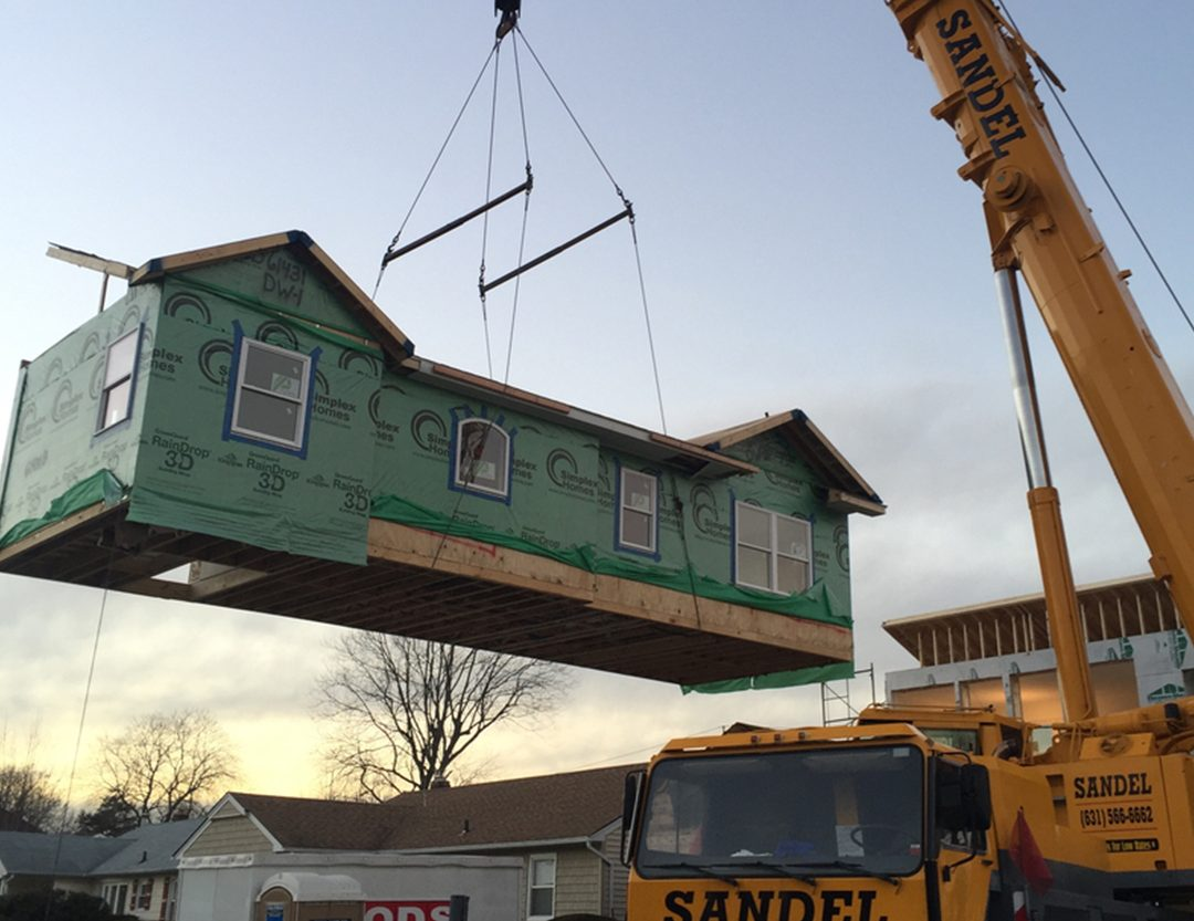 Crane service to move modular home
